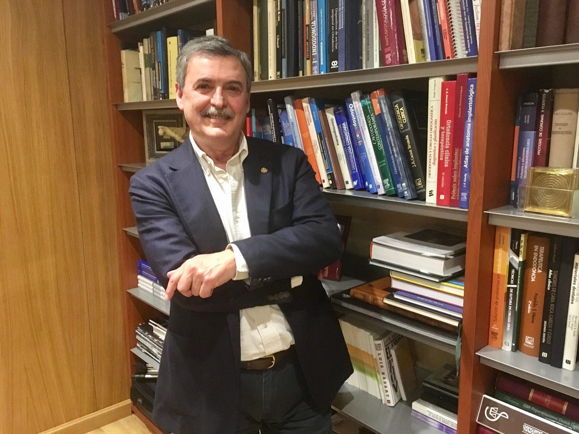 El doctor Francisco José García Lorente, nuevo presidente del Colegio